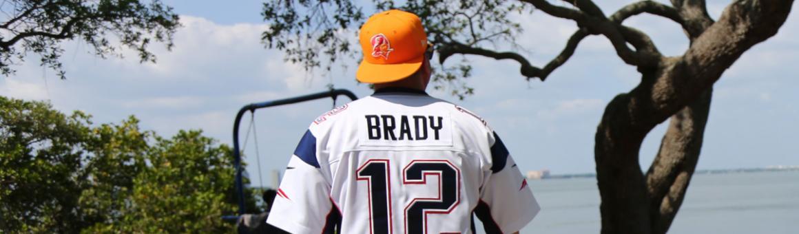 Tom Brady fan Alex Wright dons a Tampa Bay Buccaneers hat