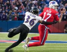 Baltimore Ravens FS Chuck Clark