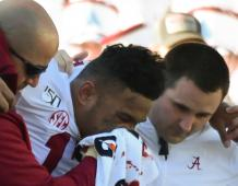 Injured Alabama QB Tua Tagovailoa