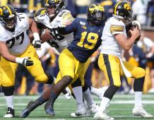 Michigan Wolverines ER Kwity Paye