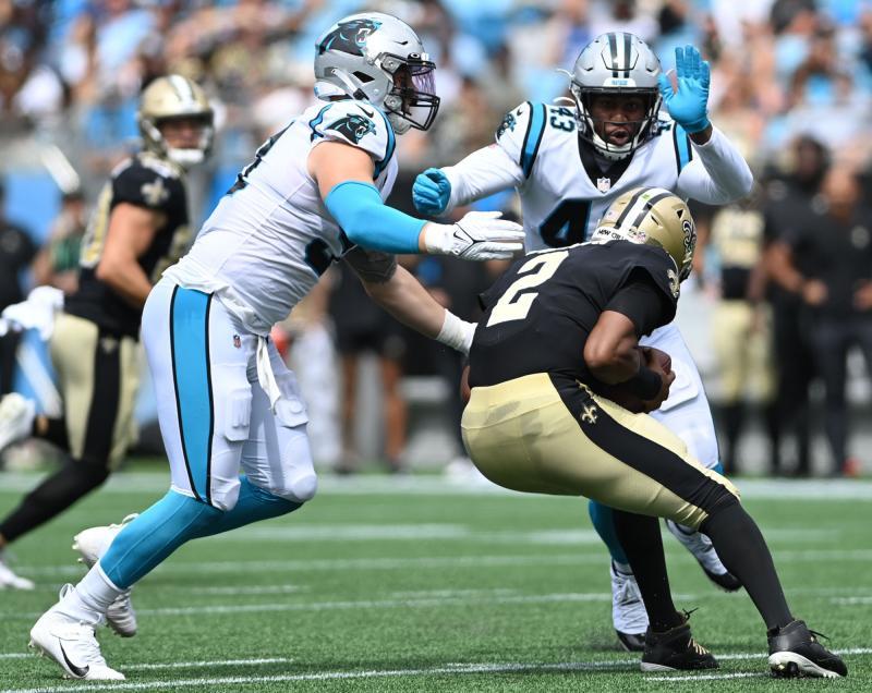 Carolina Panthers ER Morgan Fox