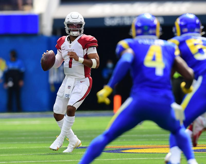Arizona Cardinals quarterback Kyler Murray (1) drops back to pass against the Los Angeles Rams during the first half at SoFi Stadium. Gary A. Vasquez-USA TODAY Sports