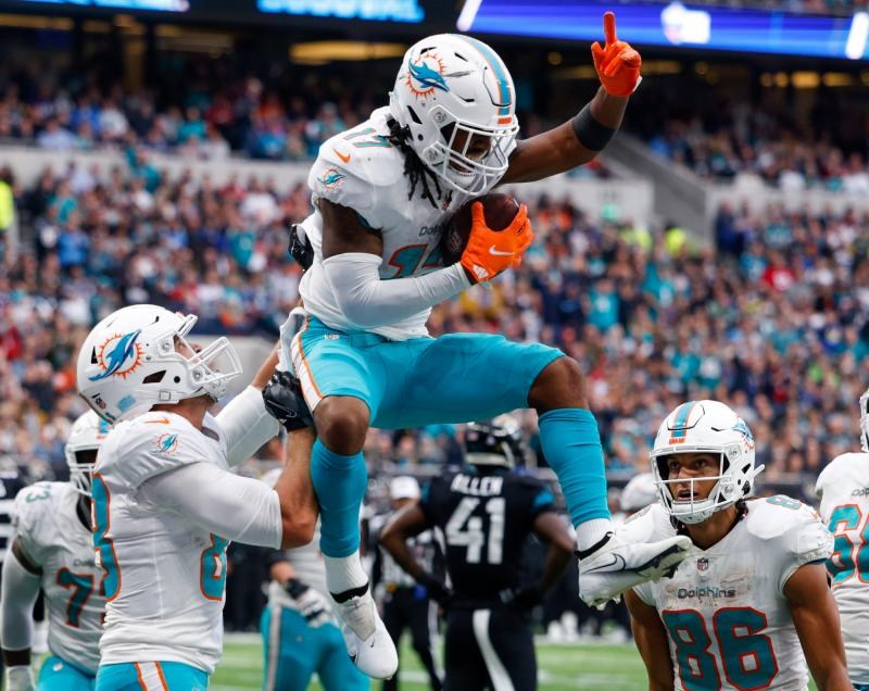 Miami Dolphins WR Jaylen Waddle